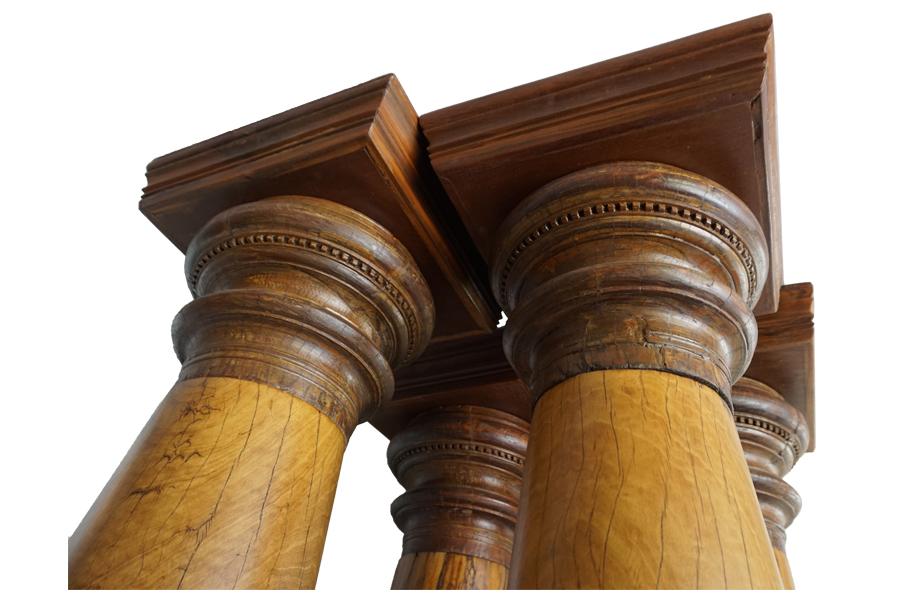 satinwood pillars